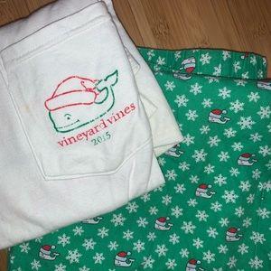 Vineyard Vines Xmas Pajama Set